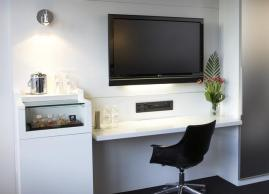 King desk, Le Germain Hotel