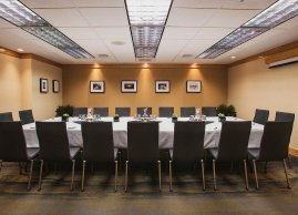 Boardroom, Inn at the Forks Hotel