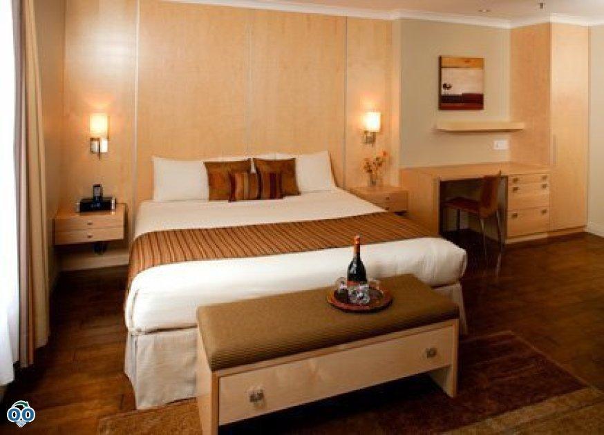 Chambre supérieure avec 1 lit king + foyer au gaz, Hôtel du Vieux-Québec