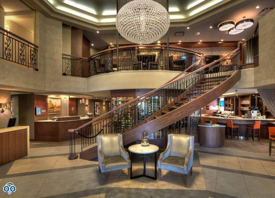 Beautifully renovated hotel lobby, Hotel Marriott Quebec City