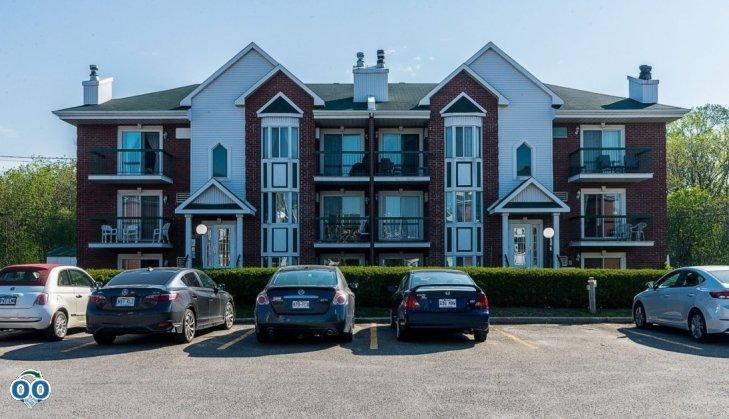 Appartement/Condo à vendre 2075 Av. Albert-Murphy, app. 202 Chomedey (Laval), Laval--Rive-Nord