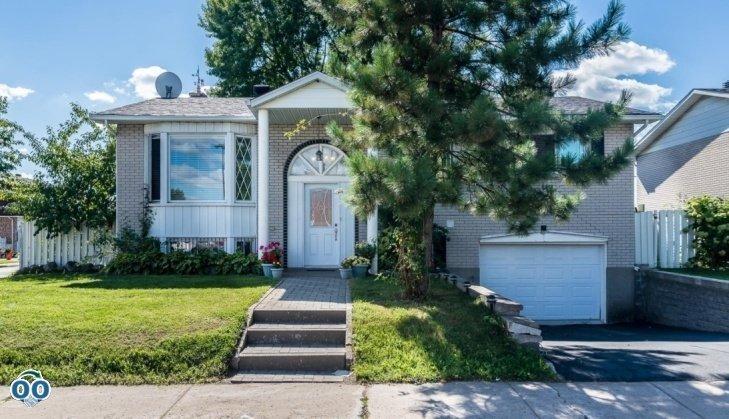 Maison de plain-pied à vendre 520 12e Avenue Laval des Rapides