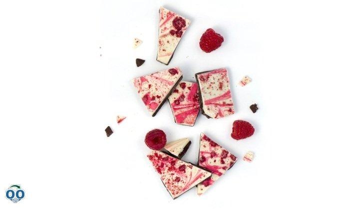 Dark chocolate and Raspberry Brittles