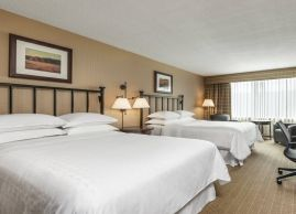 Traditional double guest room