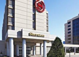 Sheraton Parkway Toronto North Hotel & Suites exterior