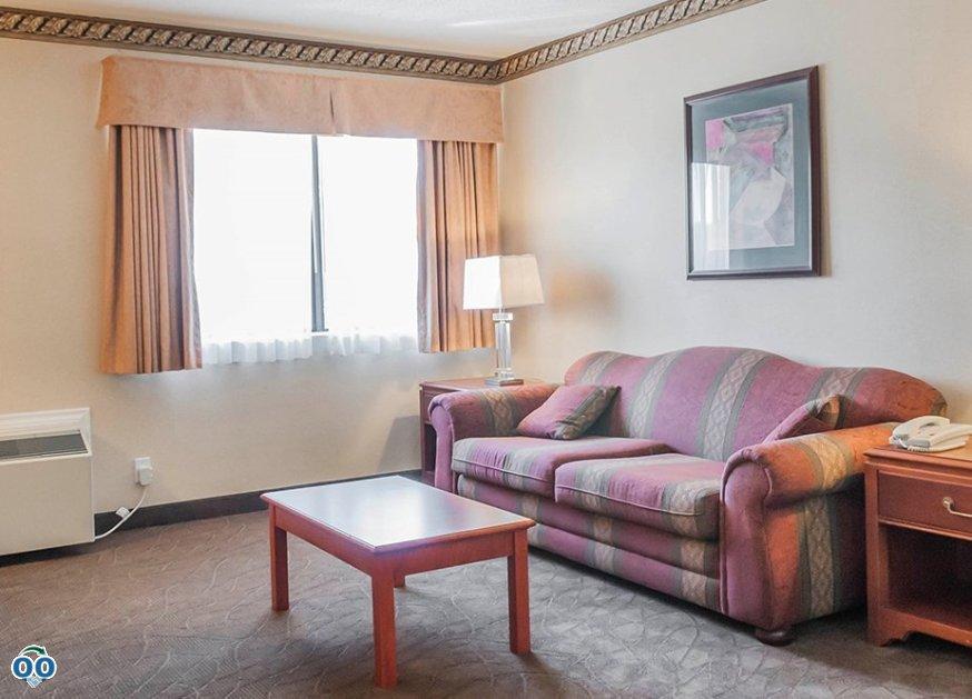 Room amenities, Mississauga Inn & Suites