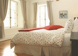 Quenn bed, Royal Dalhousie Condo-Hotel