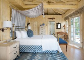 Romantic cottage right on the water, Manoir Hovey