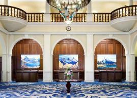Grand lobby, Fairmont Chateau Lake Louise