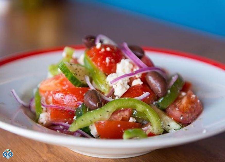 Our traditional greek salad, Usine Grecque