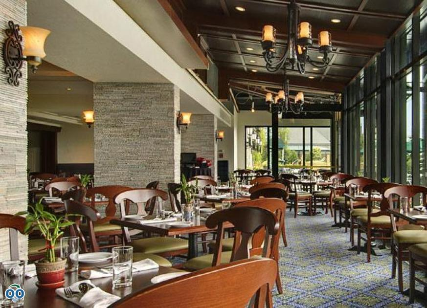 Table and Terroir restaurant, Fairmont Le Manoir Richelieu