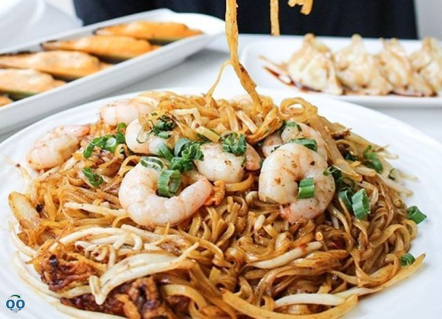 The never ending love for Pad Thai, L'Asie Resto-Bar
