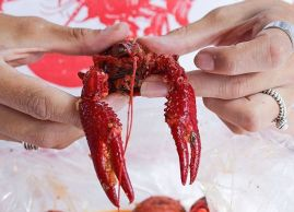 A little lobster that says good Monday!, L'Asie Resto-Bar