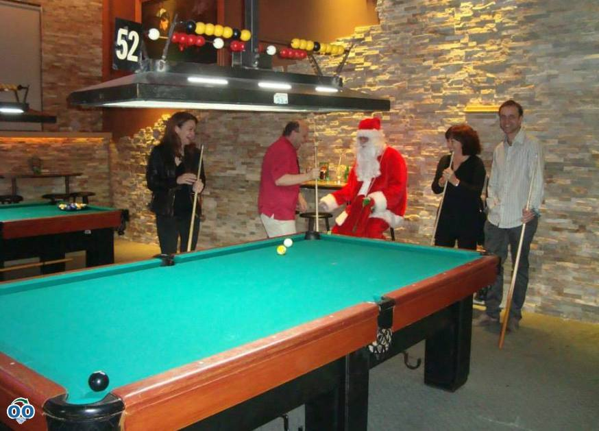 Pool hall in Laval, Quebec