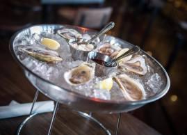 On débute l'année du bon pied avec les huîtres à 1$ de 16h à 18h!
