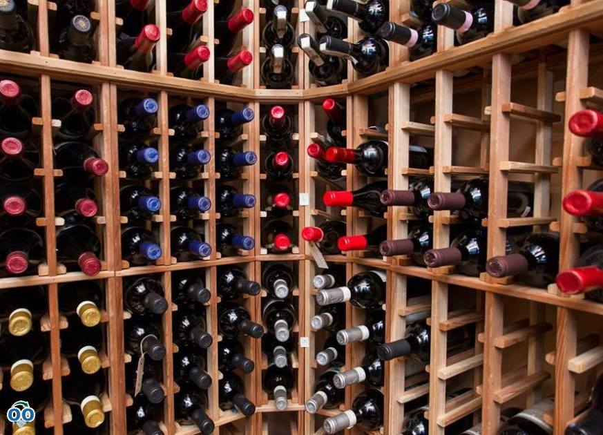 Huge collections of wines, Gualdieri Restaurant