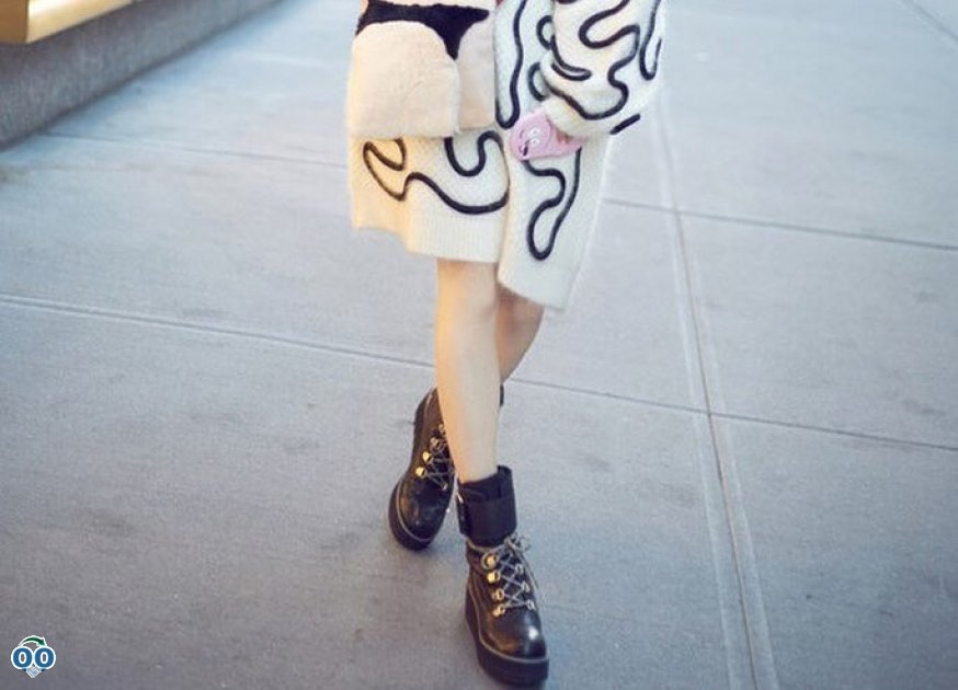 Fan Bingbing hits the ground running in the city-chic hiking bootie.